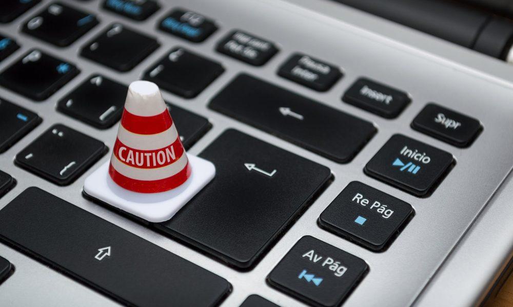 Bei der korrekten Durchführung einer Datenschutzrichtlinie ist Vorsicht geboten.